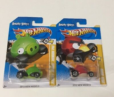 2012 Lot of 2 HOT WHEELS ANGRY BIRDS RED & MINION PIG CARS BRAND NEW NOS