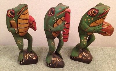 3 Folk Art Trio Wood Frogs Musicians