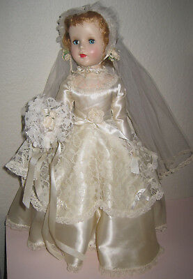 "Sweet Sue Bride Doll 18"" Walking Vintage Bouquet Veil"