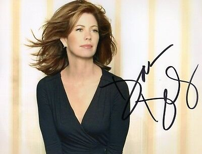 Autographed Dana Delany 8 x 10 Photo Signed in sharpie