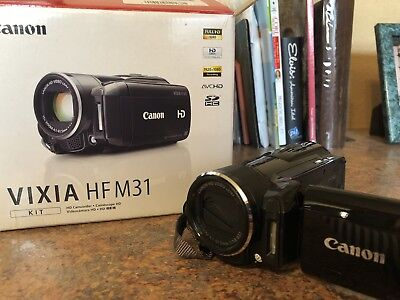 Canon VIXIA HF M31 (32 GB) High Definition AVC Camcorder