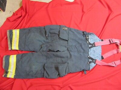 Globe Firefighter Bunker Turnout Pants 40 x 30  thermal liner suspenders black