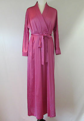 VTG 70s Vanity Fair Mauve Pink Silky Nylon Robe Size Small Made in USA