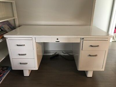 Steelcase Tanker Desk White