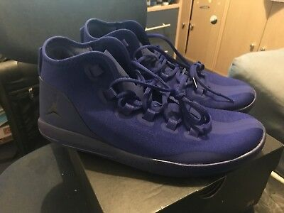 Nike Jordan Reveal blue    Size uk 9.  Only worn once. Great condition