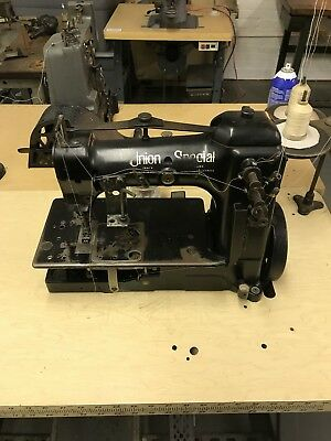 Union Special Coverstitch Regular 52700M with 110v clutch Motor and Table