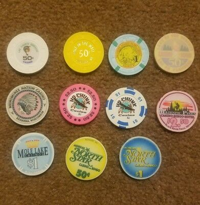 Lot Of 11 Vintage  Poker  Casino  Chips