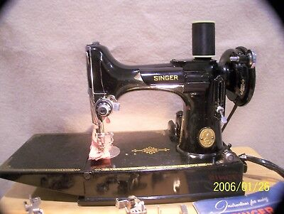 Great Featherweight 221 Singer Sewing Machine-Quilting