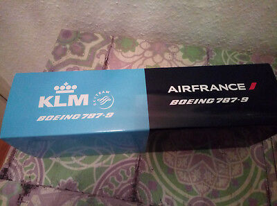 Air France / KLM aircraft modell Boeing 787 double packing!