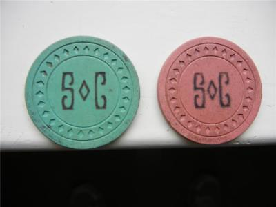 ILLEGAL GAMBLING POKER CHIPS SEA CLUB GALVESTON, TX, 1950s, RED, GREEN (2)