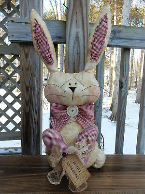 FoLk Art PrimiTive CounTry ValenTines HearT spRiNg Bunny RABBIT DOLL DecoraTion