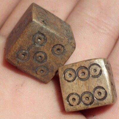 2 Pieces Ancient Roman Gambling Dice Made Out Of Bone - 100/200 Ad - Rare! -