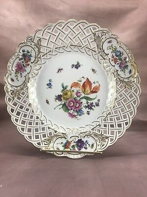 """Meissen German 19thC Full Flowers w/ Insects 9"""" Reticulated Dinner Plate (MSS64)"""