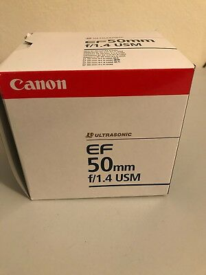 Canon EF 50mm f/1.4 USM Lens good condition