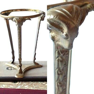 Solid Cast Brass Sphere Ball Egg Glass Holder 3 Ram Head Motif Claw Footed Vtg