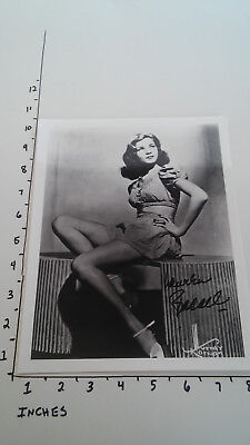 Hand Signed Autograph Lauren Bacall Pinup Bombshell