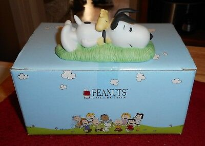 Westland Giftware Peanuts Snoopy And Woodstock #8337 Laying Down With Box