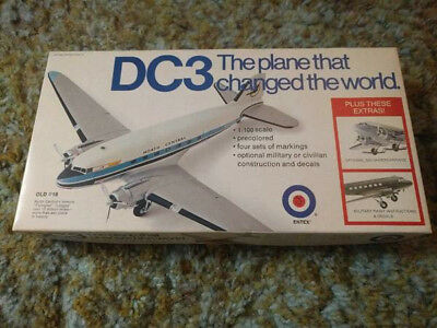 DC3 model OLD #18 by ENTEX 1/100 scale