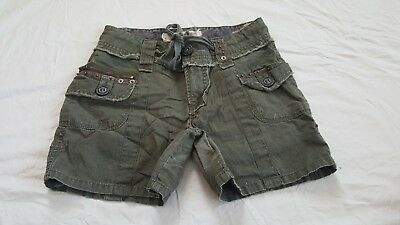 Freestyle Revolution Girls size 14 army green shorts
