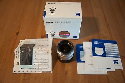ZEISS (Silver) 28mm f/2.8 ZM Leica Lens with Original Packaging and B&W Filter
