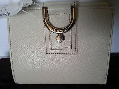 2252e9718863 NEW Authentic Gucci Leather Bi Fold Wallet Card Check Coin Holder Off White
