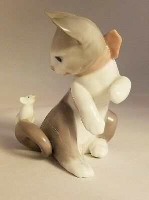 Lladro #5236 - Cat and Mouse Figurine - Excellent Condition!