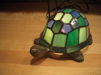 Tiffany Style Stained Glass Turtle Accent Lamp / Night Light