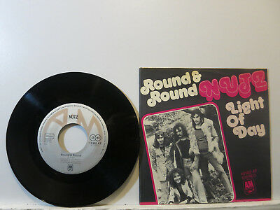 """Nutz - Round & Round / Light of Day 7"""" 1974 A&M German Picture Cover Near Mint"""