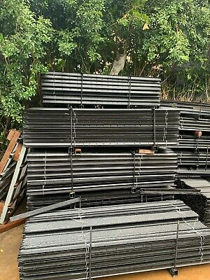 AU Stock ! High Quality Black  Star Pickets in various length