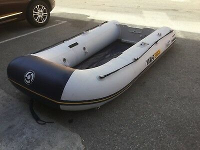Yamaha 310STI Inflatable boat with Yamaha F4 outboard engine NEW