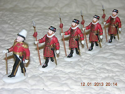 Department 56 Yeomen of the Guared  Set of 5 Retired