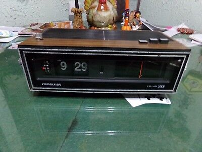Vintage Soundesign Flip Digit Alarm Clock Radio # 3464 Works?