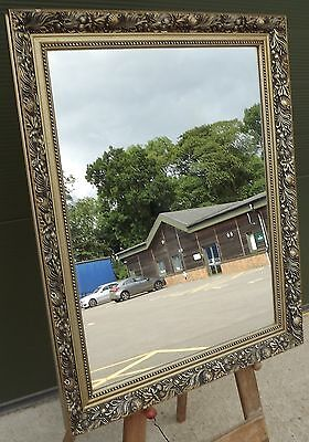 Lovely Decorative Gilt-Framed Rectangular Wall Mirror In The Antique Style