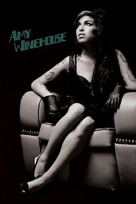 Maxi Poster 61 x 91,5 cm Amy Winehouse Chair
