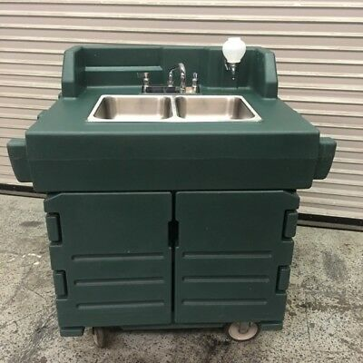 2 Compartment Portable Hand Wash Sink Mobile Station Cart Cambro #7763