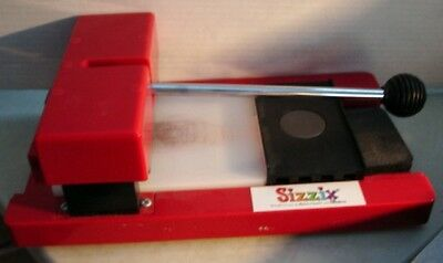 SIZZIX ORIGINAL PROVO Red Die Cut Machine Personal Die Cutter in Box