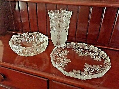 New Large Crystal Platter/Vase and Fruit Bowl All in Excellent Condition