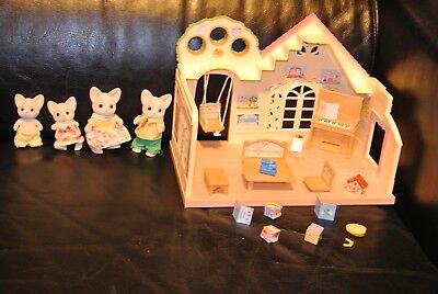 SYLVANIAN FAMILIES FOREST NURSERY & Sylvanian Families Lopez Chihuahua Family