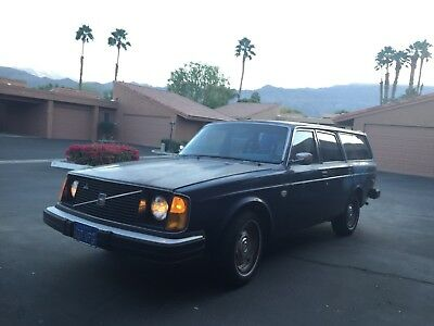 1977 Volvo 240 DL 245 Volvo Wagon Sold as is or for parts. Will run. Read full description.