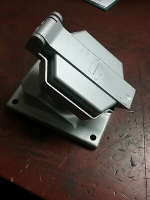 Crouse Hinds CPS152R Receptacle M6 20A 1HP 125-250VAC 2w 3P *FREE SHIP*