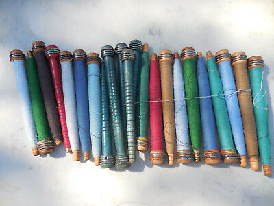 Lot 20 Vintage Textile Mill Sewing Spindles Bobbin Spools Thread Yarn Primitive