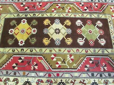 A SPECTACULAR OLD HANDMADE TURKISH MILAS WOOL ON WOOL RUG (300 x 200 cm)