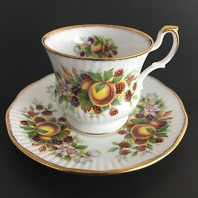 Queens Fine Bone China Small Teacup And Saucer Peach Made In England Gold Trim