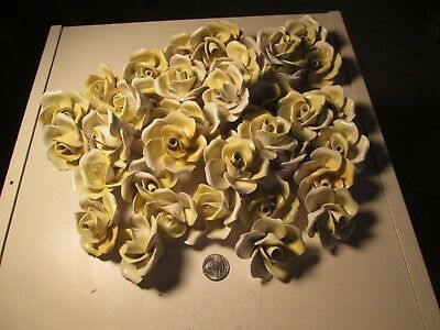 XBB  Lot of 100 Yellow Capodimonte Roses Porcelain Lamp Chandelier Flowers