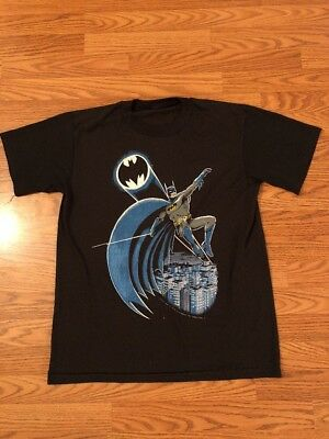 Vintage 1988 Batman DC Comics Gotham City Bat Signal T-Shirt Movie Thin 80's