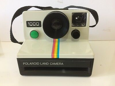 Polaroid land camera 1000 +  flash bar! Rare! Use SX70 film
