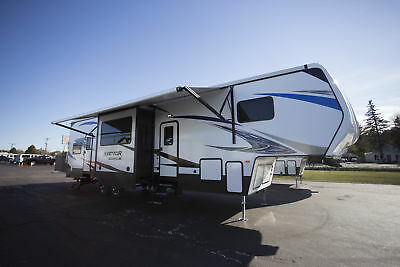 New 2018 Raptor Predator Series 3513P Fifth Wheel Toy Hauler Camper RV for Sale