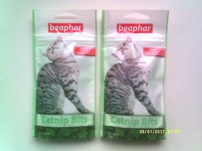 BEAPHAR CATNIP BITS - HEALTHY SNACK WITH CATNIP PASTE  2 X 35g PACKS - NEW