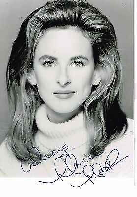 "Marlee Matlin., Hand Signed 4 and 1/4"" x 6"" Photo, Autographed Photograph Signed"