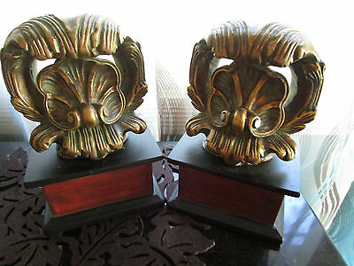 "Vtg Heavy Plaster Fleur de Lis Bookends 7"" Tall Made in China"